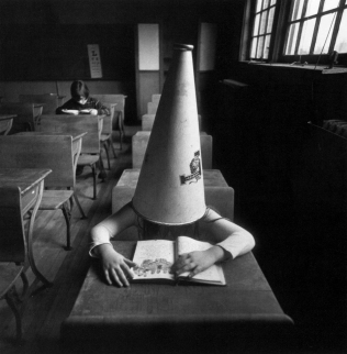 Tress_Girl-with-Dunce-Cap